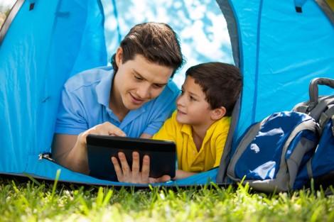 3 điều cần thảo luận với con trước khi chúng tham gia mạng xã hội