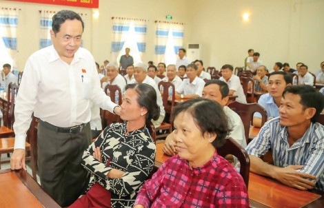 Đại biểu Quốc hội đơn vị TP Cần Thơ tiếp xúc cử tri