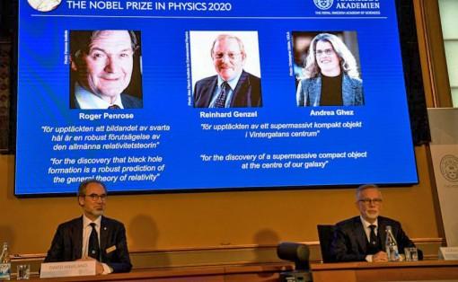 Nobel Vật lý 2020 vinh danh 3 nhà khoa học Anh, Đức và Mỹ