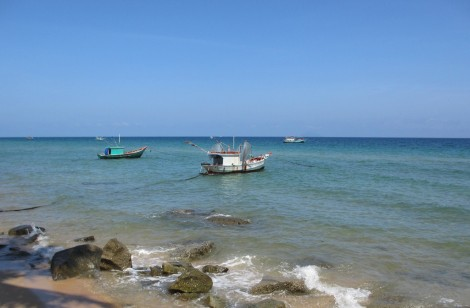 Phú Quý - viên ngọc bích giữa Biển Đông
