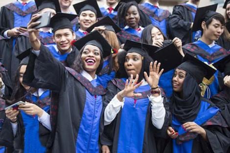 """Mỹ để sinh viên châu Phi """"ngả về"""" Trung Quốc"""