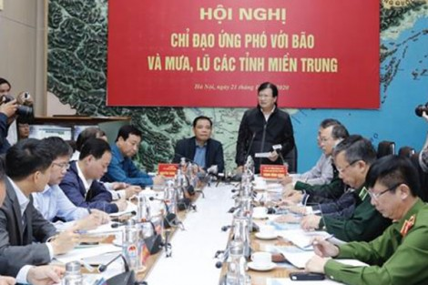 Chủ động phương án ứng phó với bão số 8 và tập trung cứu trợ đồng bào miền Trung