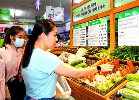 Trợ lực để hàng Việt tiếp cận người tiêu dùng