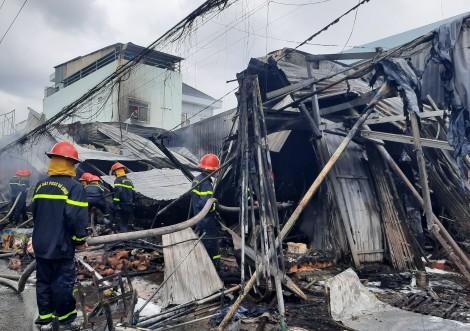 Cà Mau: Cháy lớn ở chợ trung tâm phường 8