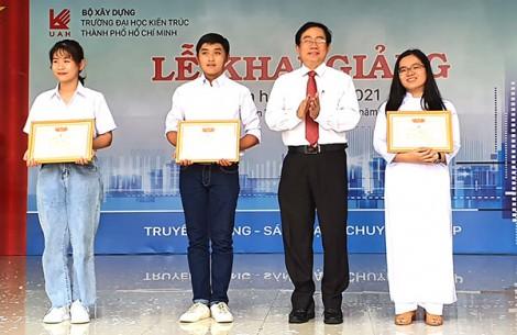 Trường Ðại học Kiến trúc TP Hồ Chí Minh khai giảng năm học mới tại cơ sở Cần Thơ