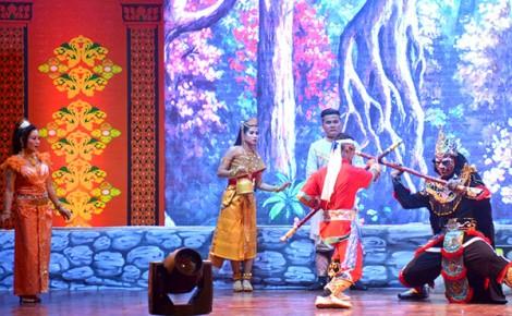 Liên hoan Nghệ thuật sân khấu Dù kê