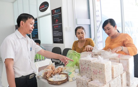 Phát triển nghề làm bánh của gia đình