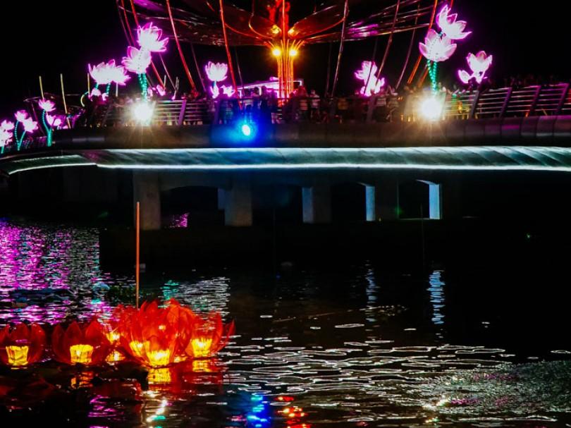 Cùng chờ đón đêm hội hoa đăng Ninh Kiều