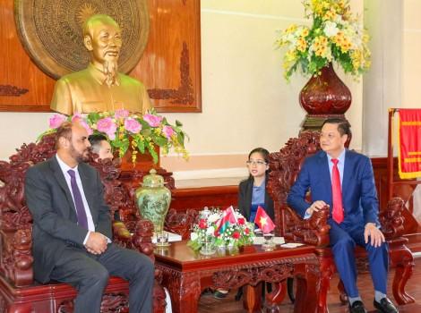 Lãnh đạo thành phố tiếp Đại sứ Oman tại Việt Nam