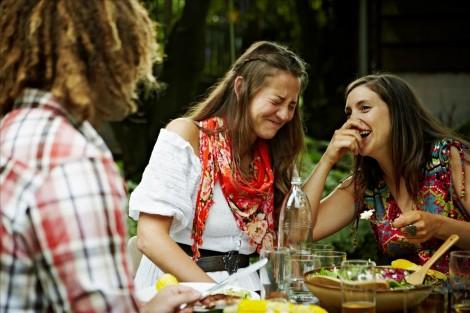 Sức mạnh của tiếng cười đối với sức khỏe và đời sống
