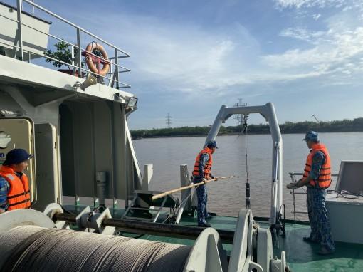 Bảo đảm tốt kỹ thuật cho tàu đo đạc dài ngày