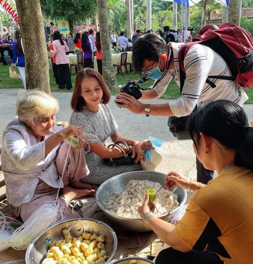 Đặc sản hội tụ ở Ngày hội Bánh - Trái Mỹ Khánh