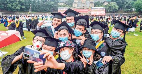 Cử nhân Trung Quốc đổ xô học thạc sĩ