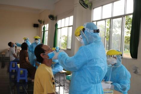 Cần Thơ lấy mẫu xét nghiệm SAR-CoV-2 cho 170 công dân về từ Singapore
