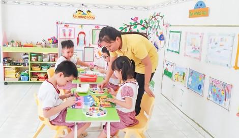 Triển khai thực hiện quy định liên quan đến viên chức giảng dạy mầm non công lập