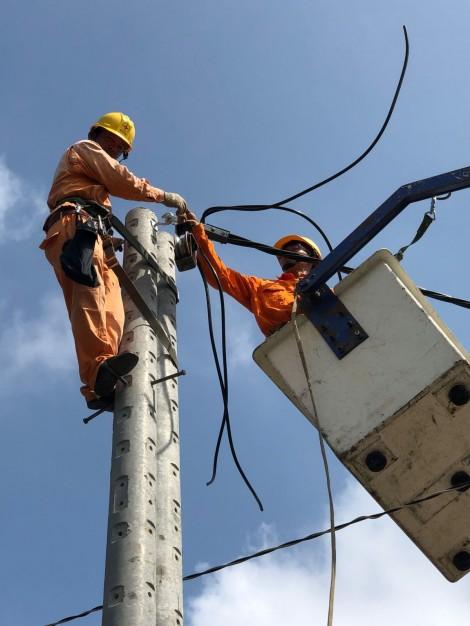Ngành điện lực phát triển nhanh, tương đối  đồng bộphục vụ phát triển kinh tế - xã hội