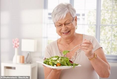 Chế độ dinh dưỡng giàu đạm thực vật có lợi cho phụ nữ lớn tuổi