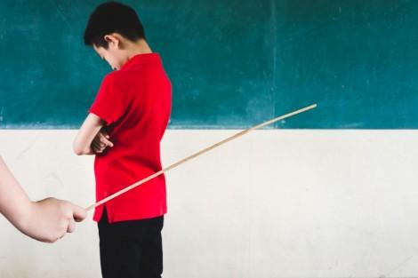 Nhiều nước cấm đánh học sinh