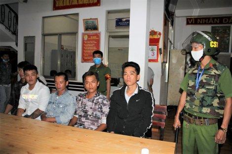 Bắt nhóm thanh niên hỗn chiến vì nợ nần, thu giữ vật nghi súng quân dụng