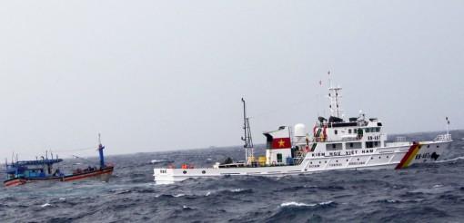 Xung kích trong tìm kiếm, cứu nạn ngư dân trên biển