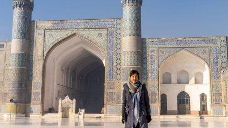 Nữ hướng dẫn viên du lịch đầu tiên ở Afghanistan