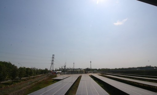 Mekong Delta's first solar power plant underway in Hau Giang