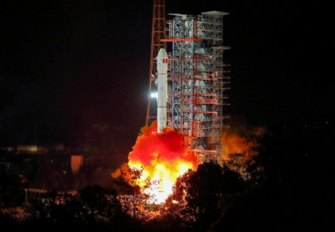 """Trung Quốc """"bịt mắt"""" vệ tinh Mỹ"""