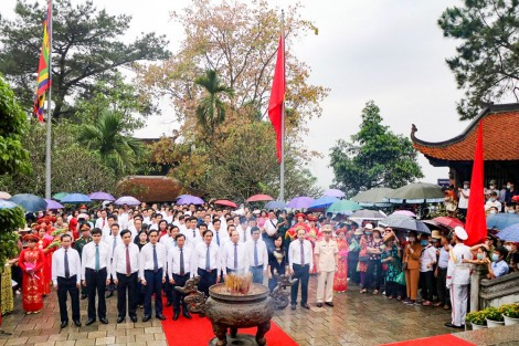 Thành kính Lễ giỗ Đức Quốc Tổ Lạc Long Quân và Tổ Mẫu Âu Cơ