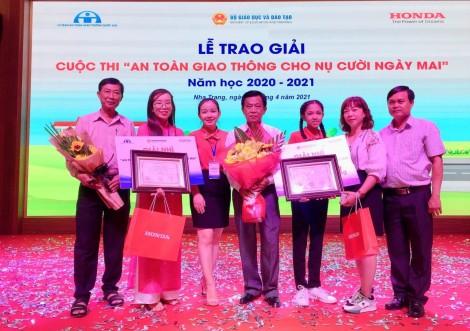 """Nhiều giáo viên và học sinh đạt giải tại cuộc thi  """"An toàn giao thông cho nụ cười ngày mai"""""""