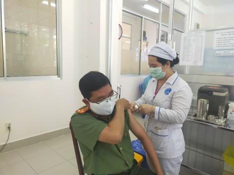 Cần Thơ tiến hành đợt tiêm ngừa tiếp theo phòng COVID-19