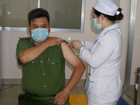 Cần Thơ hoàn tất tiêm  vaccine phòng COVID-19
