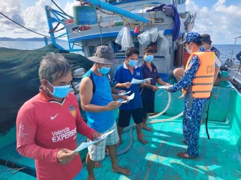 Ngăn chặn dịch COVID-19 ở vùng biển, đảo Tây Nam
