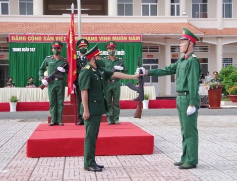 90 chiến sĩ mới tuyên thệ