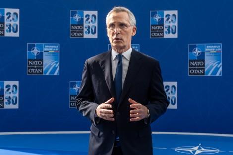 NATO tìm cách vượt qua thách thức