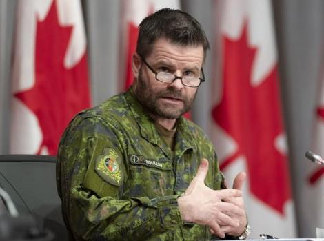 """Bê bối """"bủa vây"""" các quan chức quốc phòng Canada"""