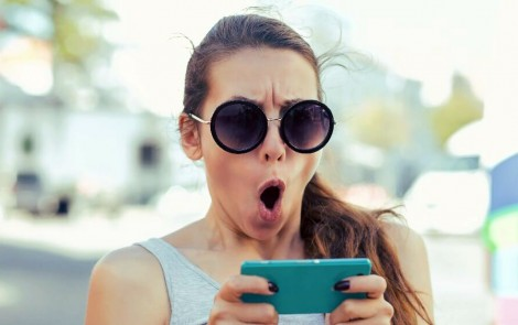 Làm thế nào để tránh bị kích động trực tuyến?