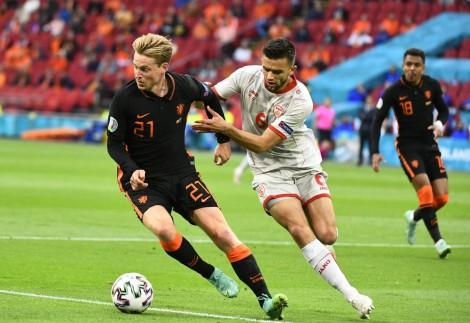 Áo vào vòng knock out cùng Hà Lan
