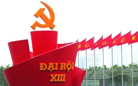 Thực hành dân chủ gắn với tăng cường kỷ luật kỷ cương của Đảng