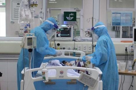 Thủ tướng khen 32 thầy thuốc tiêu biểu, xuất sắc trong phòng chống dịch COVID-19