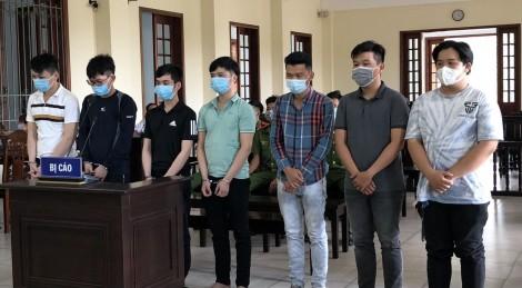 Làm, tàng trữ, lưu hành tiền giả, 8 bị cáo lãnh án