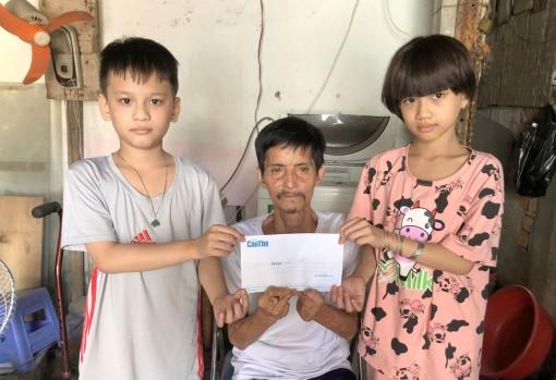 Bạn đọc Báo Cần Thơ gởi tiền giúp gia đình ông Trần Văn Sỹ
