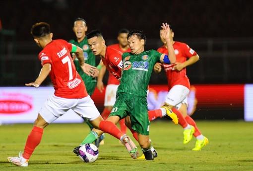 Bóng đá Việt Nam rối bời vì COVID-19