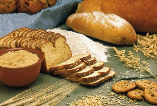 Chế độ ăn giàu ngũ cốc nguyên cám giúp ích cho người lớn tuổi
