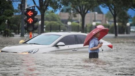 Trung Quốc thiệt hại nặng nề do mưa lũ