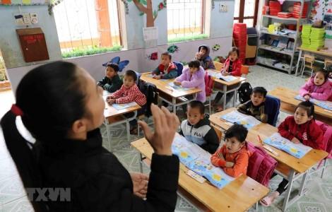 Mọi người dân bình đẳng trong việc tiếp cận hệ thống giáo dục hiện đại