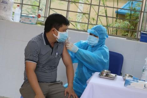 Chuẩn bị mọi mặt cần thiết, có vaccine là tiêm ngay cho người dân