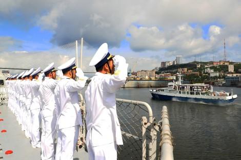 Hoàn thành tốt nhiệm vụ đi biển đường dài và tham gia lễ duyệt binh tàu Hải quân tại Liên bang Nga