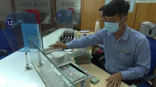 Gia hạn thêm 6 tháng cơ cấu lại nợ cho khách hàng bị ảnh hưởng bởi dịch COVID-19