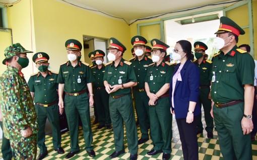 Trung tướng Ngô Minh Tiến làm việc tại các đơn vị trên địa bàn tỉnh Vĩnh Long