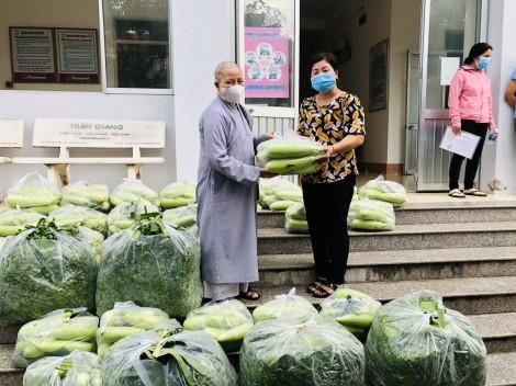Bình Thủy:  Hỗ trợ rau, củ cho người dân ảnh hưởng dịch COVID-19
